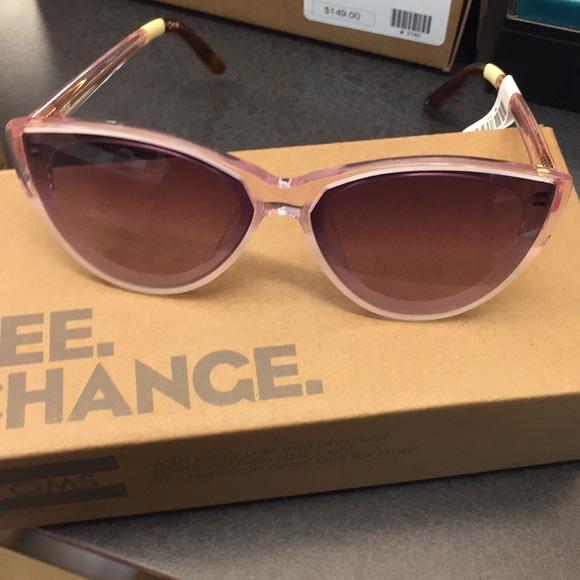 c7e24f531c80 Toms sunglasses Josie- brand new with box bag